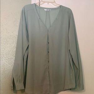 Mint green button front blouse. SZ XXL